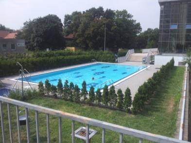 Bazén hloubětín ceník